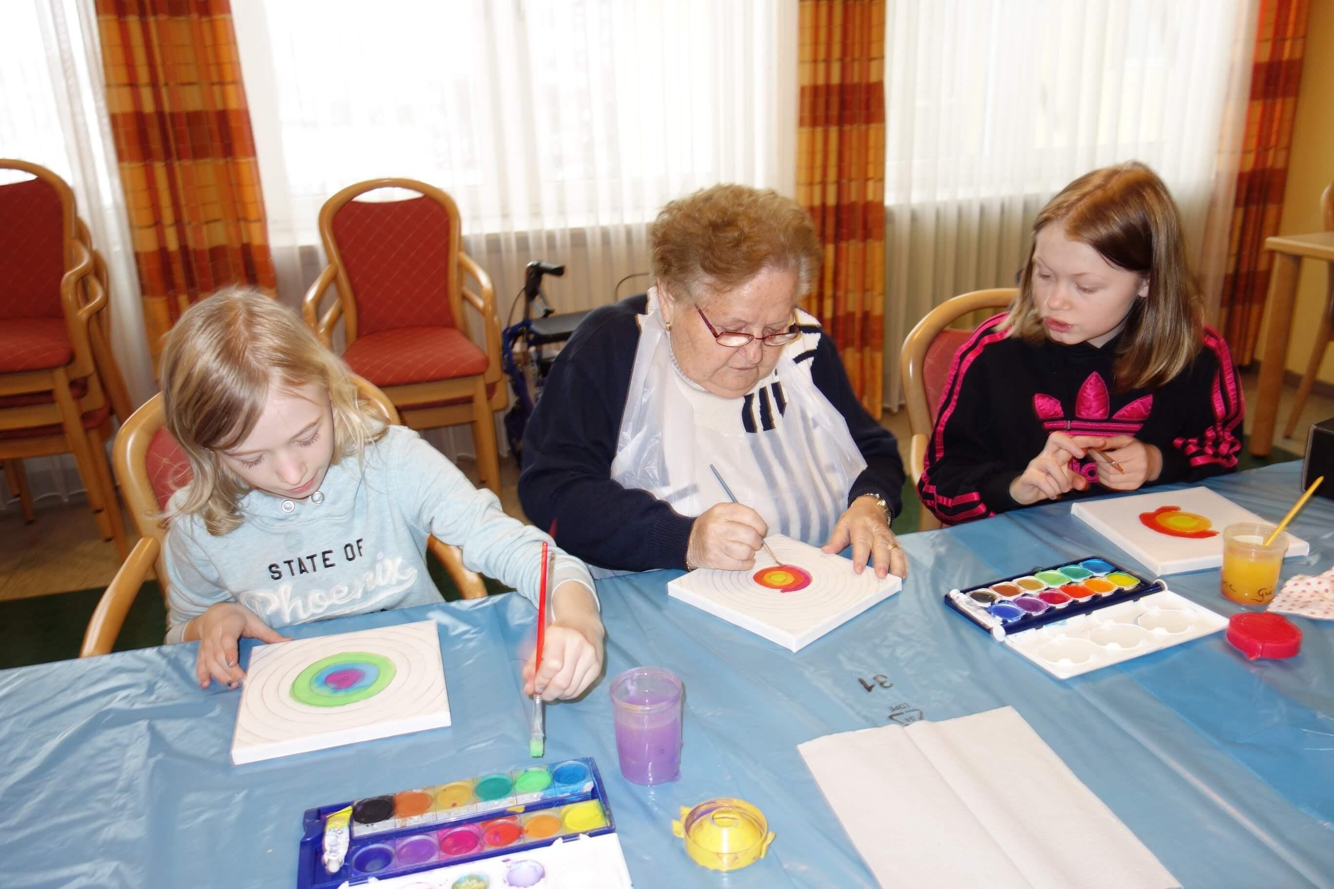 "Vernissage des Kunstprojekts ""Begegnung der Generationen"""